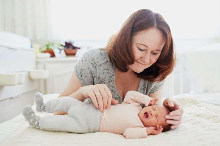 Ce trebuie să scrii într-un CV ca să obții un job de babysitter într-un cămin potrivit pentru tine