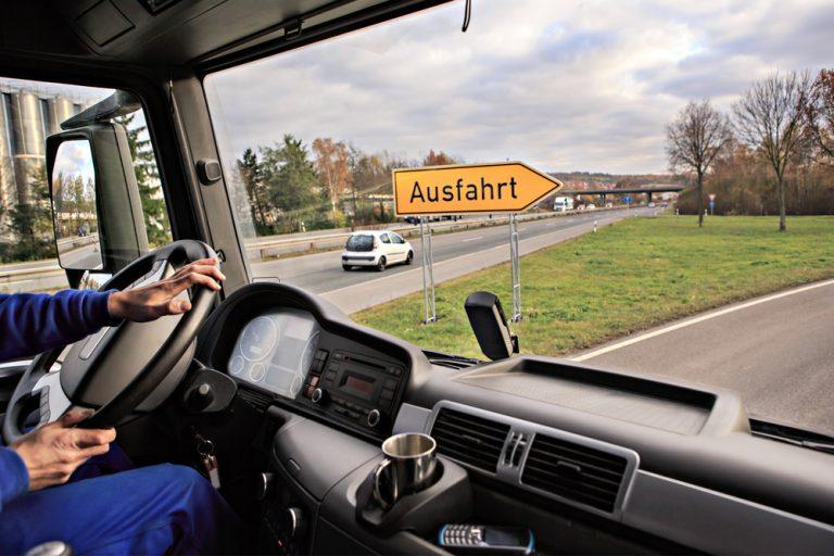 Unde câștigi cei mai buni bani ca șofer: în țară sau în străinătate?