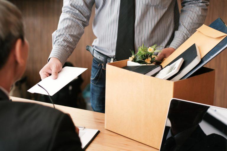 Demisia: ce spune legea, care sunt tipurile de demisie și ce obligații și drepturi ai ca angajat