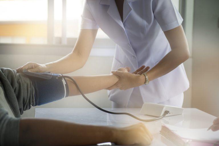 Jobul de infirmieră: descriere, salariu și aptitudini