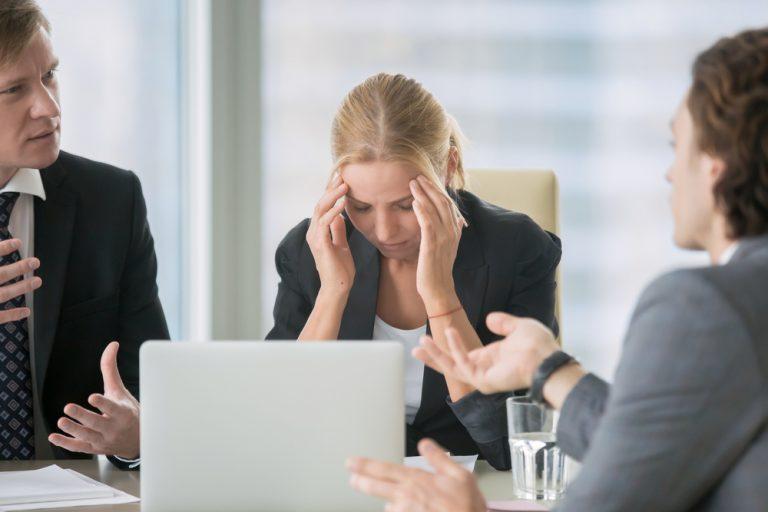Cum poate fi sancționat un angajator care nu îți respectă drepturile din Codul Muncii