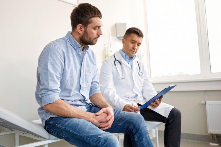 Adeverința de salariat pentru medicul de familie: când se eliberează și de ce ai nevoie de ea