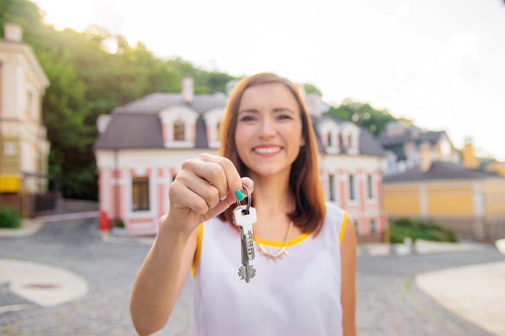 cum să faci bani buni pentru un agent imobiliar