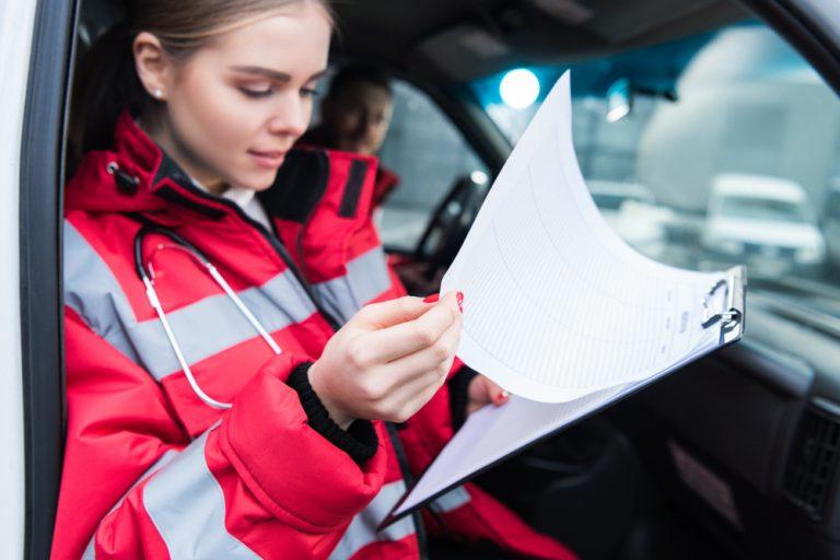 Meseria de paramedic: cât poți câștiga, abilități necesare și responsabilități
