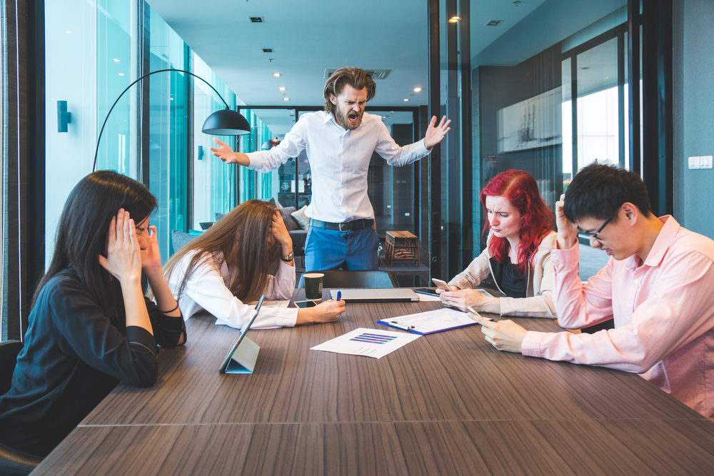cum ne afecteaza un conflic la locul de munca