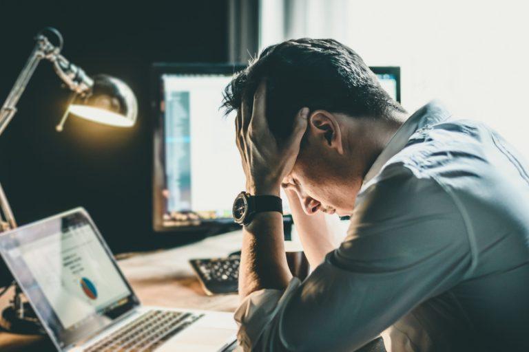 Cum poți gestiona anxietatea generată de pandemie la locul de muncă